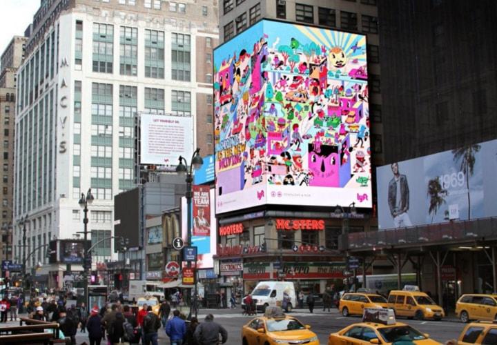 Lyft promoting itself via billboards
